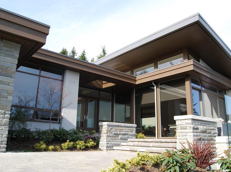 Groveland Residence