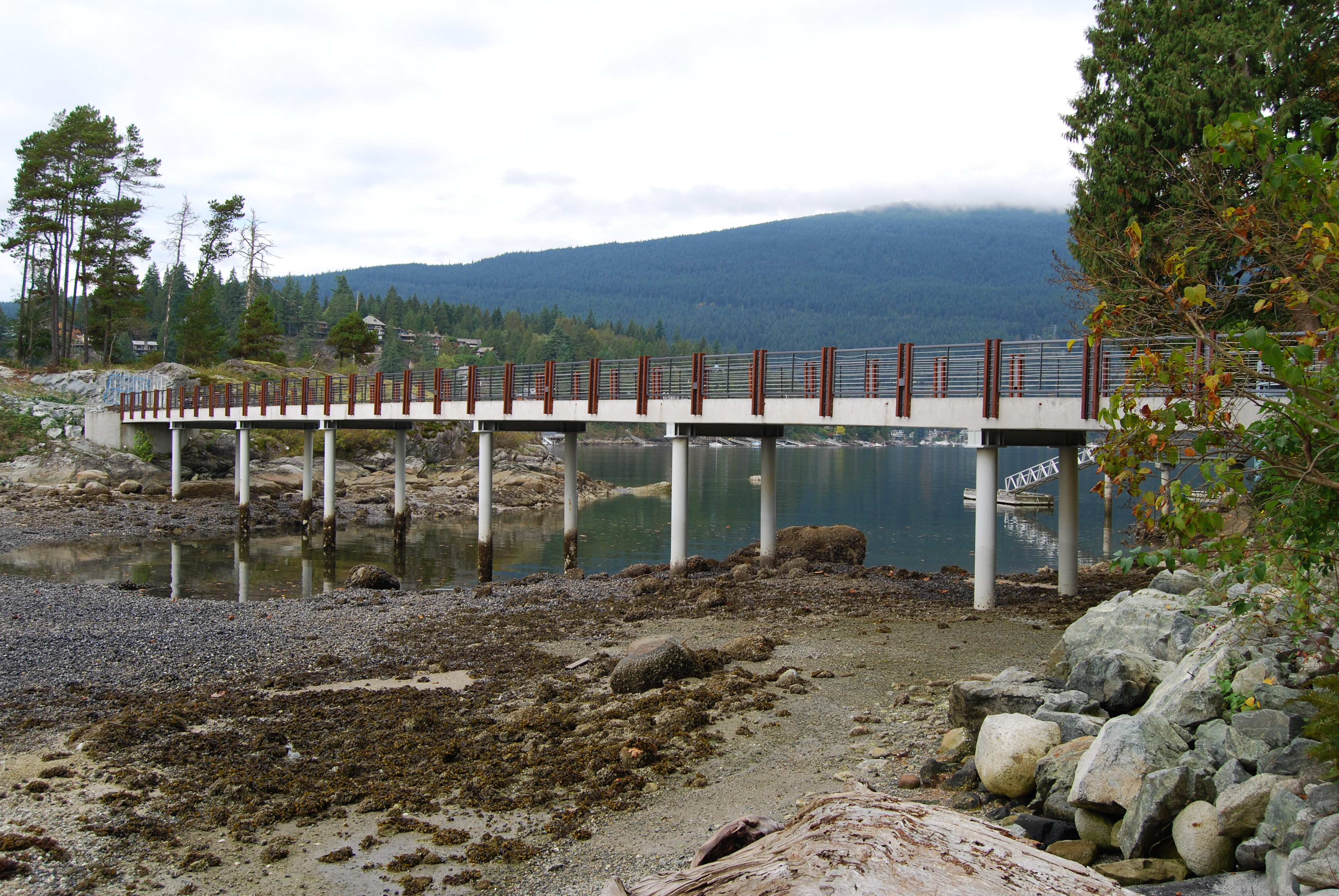Hamber Island Estate Bridge